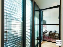Projet Lucius : Porte verrière battante de style loft