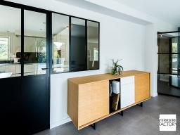 Projet Caillet : Porte verrière acier avec verrière fixe sur allège