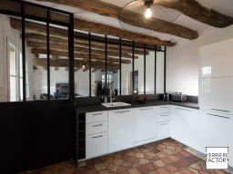 Maison Chevalier : Verrière cuisine thermolaquée noire