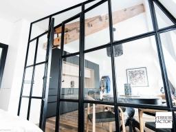 Projet Fourel : cloison verrière séparation chambre et pièce de vie