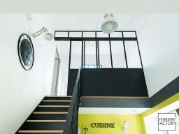 Projet Garrault : Verrière mezzanine avec porte coulissante